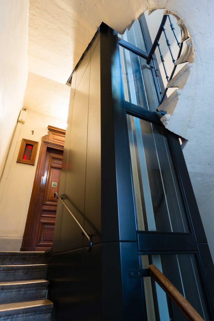 Découpe escalier pour installation ascenseur acaf