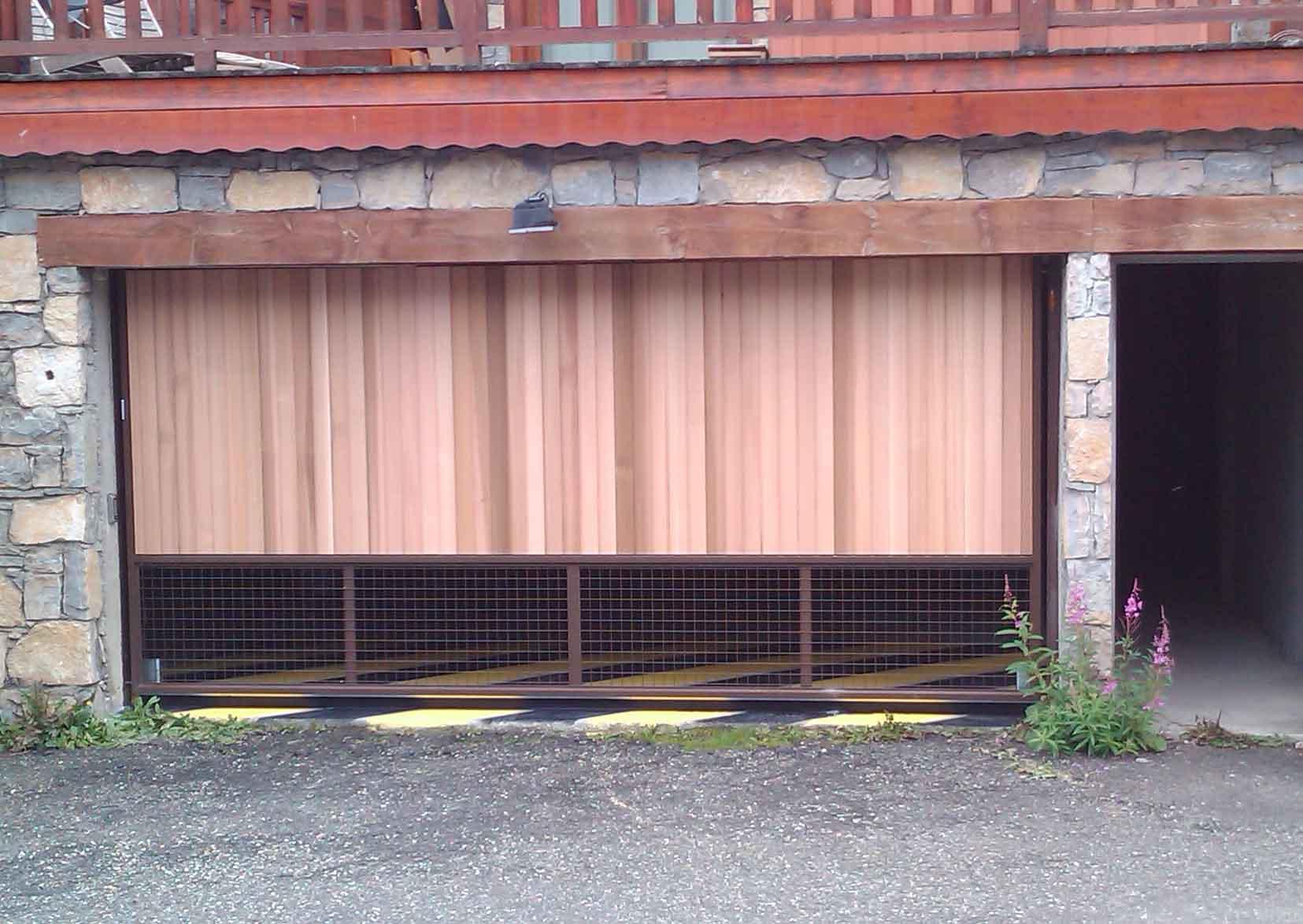 Porte de garage collective trafimatic ACAF